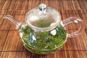 Uống trà nụ tam thất cải thiện sức khỏe